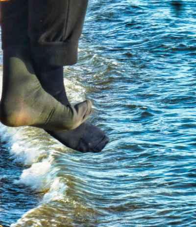 Nach-Denk-Brief 88 – Mit beiden Beinen am Boden bleiben