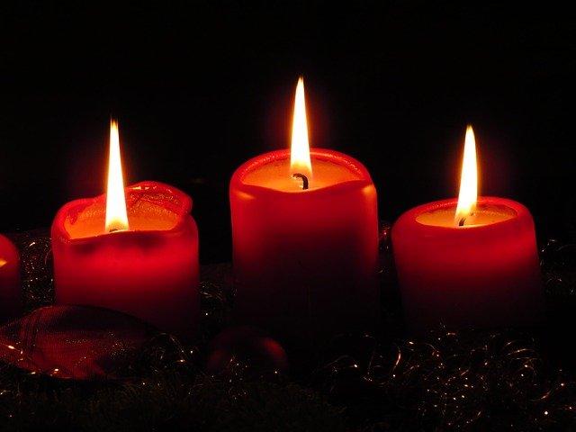 3 Kerzen Adventkranz